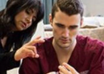 Peer support important for men in accelerated nursing degree programs