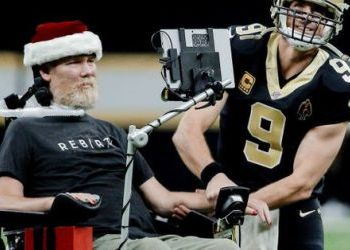 Steve Gleason, former WSU and New Orleans Saints football star awarded Congressional Gold Medal