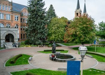 Gonzaga and Whitworth plan to reopen in the fall, presidents say