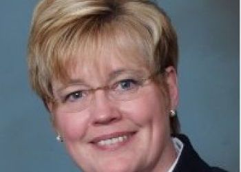 Thew named CCS board chairwoman